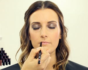 Mii Cosmetics showing your simple steps to creating the perfect sultry, smokey eye.