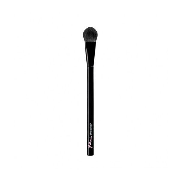 Sweeping Eye Brush