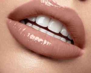 Luscious Lip sheen Pamper EXP 31_01_22