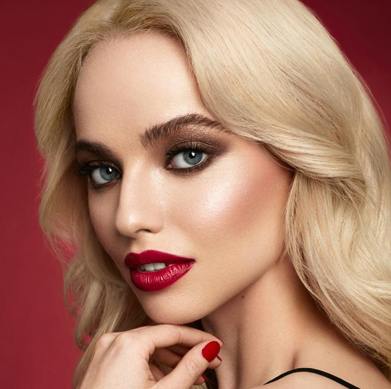 Mii model wearing night time glam makeup look