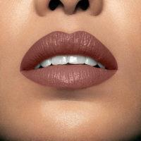 Model wearing Mii Moisturising Lip Lover Beam Lipstick