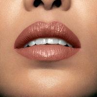 Model wearning Mii Moisturising Lip Lover Tease Lipstick