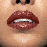 Model wearning Mii Moisturising Lip Lover Truth Lipstick