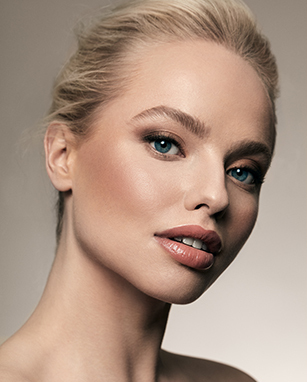 Model wearing Irresistible Face Base